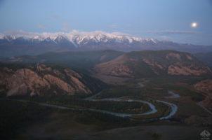 Северо-чуйский хребет, вид с обзорной площадки