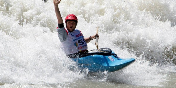 Kayaking_altai_dollarfest